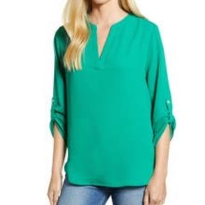 Green everleigh tunic with roll tab sleeves